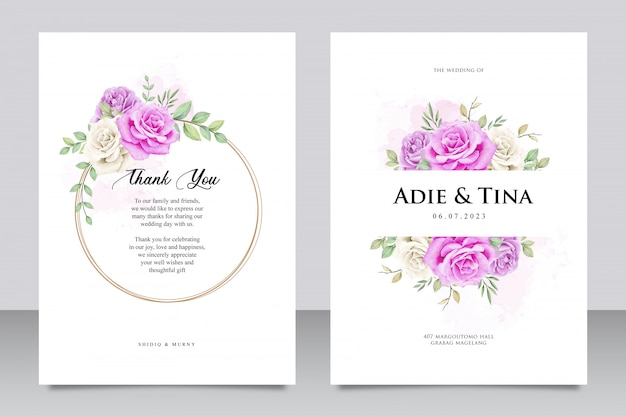 Szablon karty ślub z fioletowy kwiat róży Premium Wektorów
