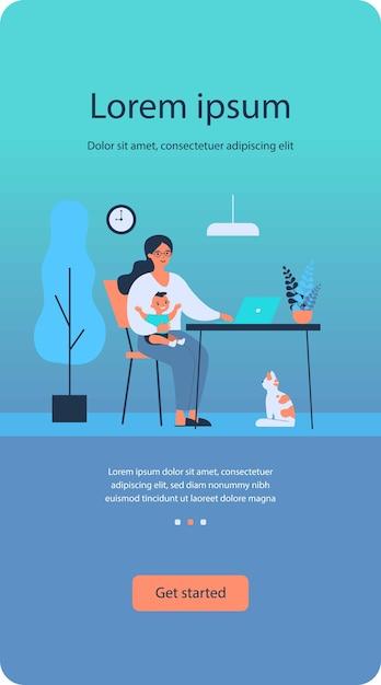 Szczęśliwa Matka Trzyma Dziecko I Pracuje Online W Domu Premium Wektorów