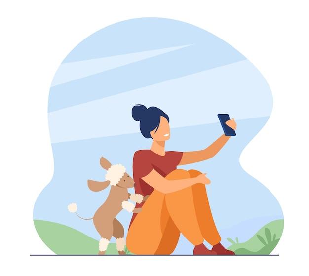 Szczęśliwa Osoba Przy Selfie Na Zewnątrz. Kobieta, Ciesząc Się Czasem Z Psem W Parku. Ilustracja Kreskówka Darmowych Wektorów