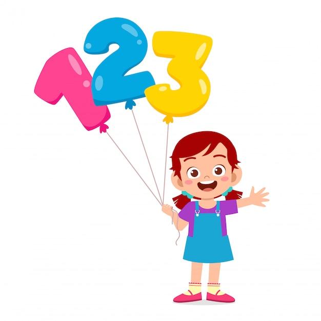 Szczęśliwa śliczna dzieciak dziewczyna trzyma ballon tekst Premium Wektorów