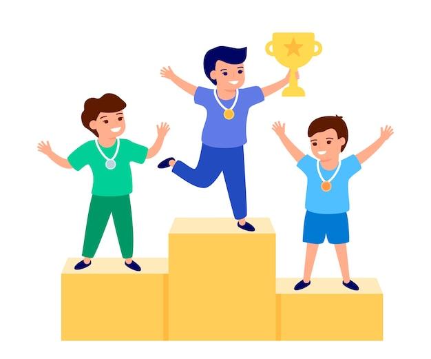 Szczęśliwe Dziecko Zwycięzca, Trzymając Złote Trofeum, Puchar. Miejsca Z Nagrodami, Nagradzanie Zwycięzców. Dzieci Są Uczestnikami Rywalizacji. Najlepsze Dzieciaki Na Podium. Płaska Ilustracja Premium Wektorów