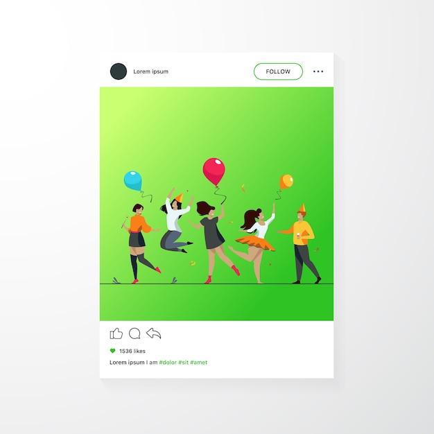 Szczęśliwi Podekscytowani Ludzie Tańczą Na Ilustracji Wektorowych Płaski Party. Wesoła Grupa Przyjaciół, Wspólna Zabawa. Koncepcja Rozrywki I Uroczystości. Darmowych Wektorów