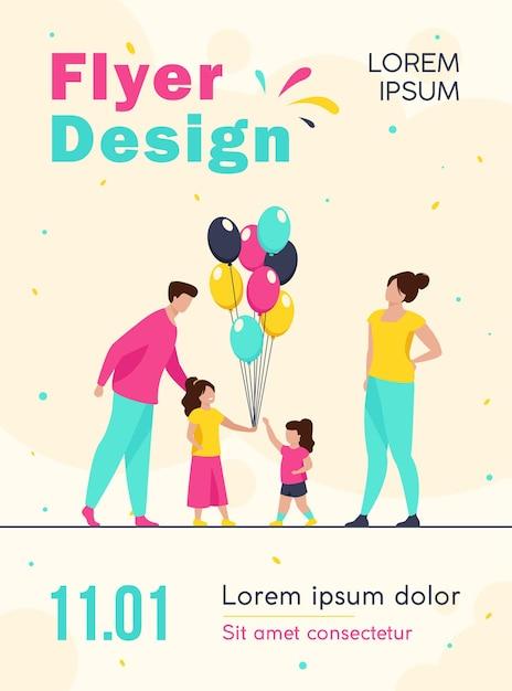 Szczęśliwi Rodzice I Dziewczynki Z Szablonem Ulotki Balonów Darmowych Wektorów