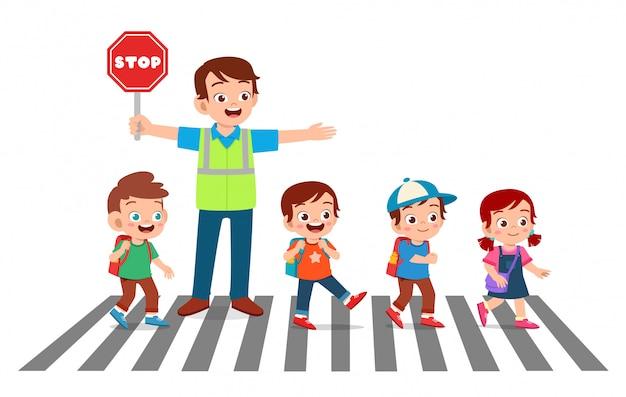 Szczęśliwy Dobry Człowiek Pomaga Dzieciom Przejść Przez Ulicę Premium Wektorów
