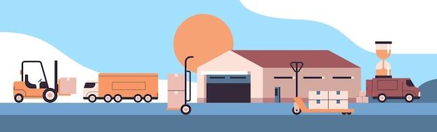 Transport Logistyczny W Pobliżu Magazynu Załadunek Kartonów Produkt Wysyłka Towarów Koncepcja Usługi Ekspresowej Dostawy Premium Wektorów