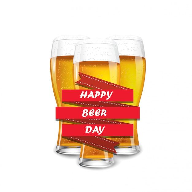 Trzy Pełne Szklanki Piwa Premium Wektorów