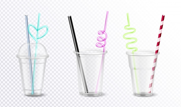 Trzy Pustego Jednorazowego Plastiku Szkła Z Niezwykłymi Kolorowymi Słoma Ustawiającymi Odizolowywającymi Na Przejrzystego Tła Realistycznej Ilustraci Darmowych Wektorów