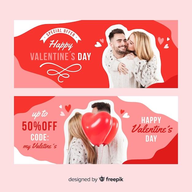 Walentynki Oferta Specjalna Banner Z Zakochaną Parą Premium Wektorów