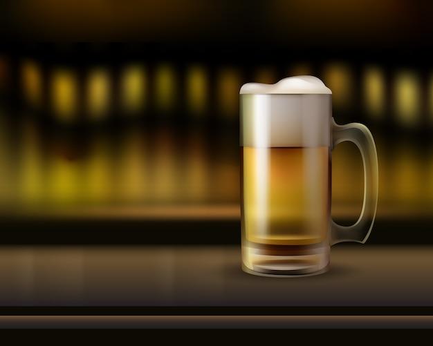 Wektor Duży Szklany Kufel Piwa Na Blacie Barowym Z Bliska Widok Z Boku Z Ciepłym Rozmyciem Tła Darmowych Wektorów