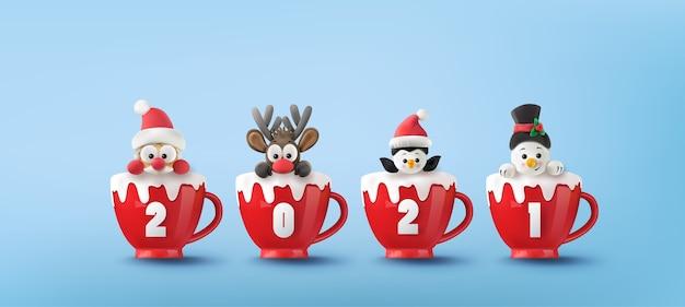 Wesołych świąt Oraz Szczęśliwego I Szczęśliwego Nowego Roku. święty Mikołaj, Bałwan, Renifer I Pingwin Na Czerwonym Kubku Ze śniegiem. Premium Wektorów