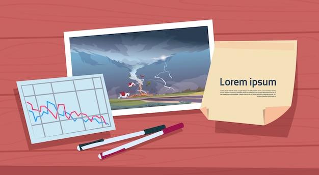 Wirujący Obraz Tornado Krajobrazu Huraganu I Statystyki Szkód, Storm Waterspout W Wiejskiej Koncepcji Klęski żywiołowej Premium Wektorów