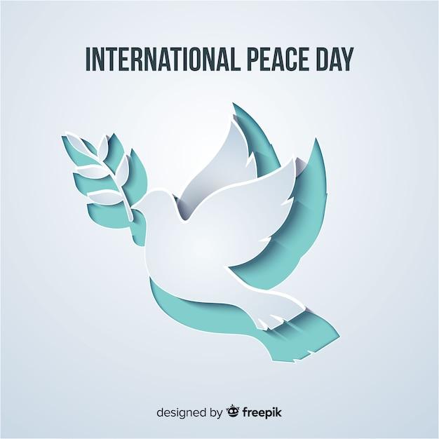 Wycinany z papieru gołębi kształt na dzień pokoju Darmowych Wektorów