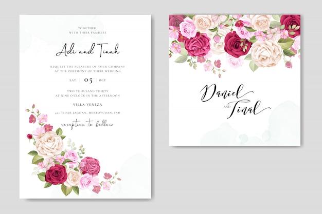 Zaproszenie na ślub z pięknymi kwiatami i liśćmi Premium Wektorów