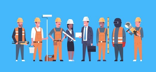 Zespół pracowników ds. kosztów pracy zespół techników przemysłowych zespół wyścigów mężczyzn i kobiet Premium Wektorów