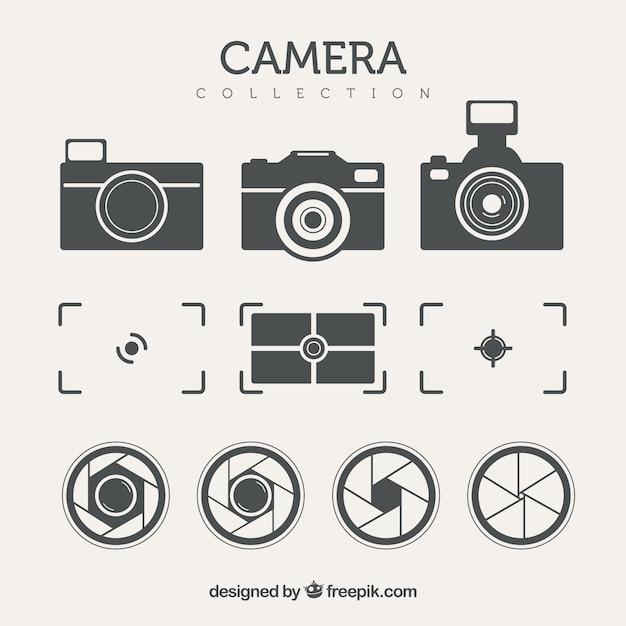 Zestaw aparatów fotograficznych i innych elementów w stylu retro Darmowych Wektorów