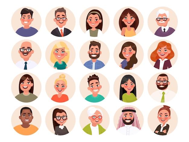 Zestaw Awatarów Szczęśliwych Ludzi Różnych Ras I Wieku. Portrety Kobiet I Mężczyzn Premium Wektorów