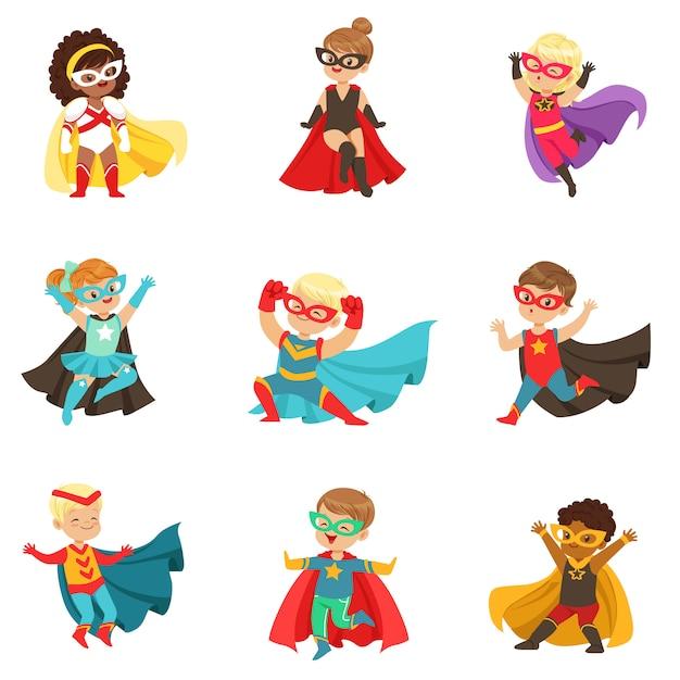 Zestaw Dziewcząt I Chłopców Z Superbohaterami, Dzieci W Kostiumach Superbohaterów Kolorowe Ilustracje Premium Wektorów