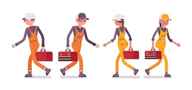 Zestaw męskich i żeńskich pracowników chodzących, ubrany w jasny kombinezon Premium Wektorów