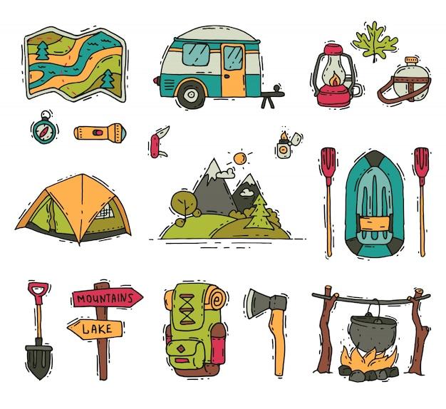Zestaw Obiektów Campingowych I Turystycznych W Stylu Bazgroły. Sprzęt Turystyczny. Rekreacja Na świeżym Powietrzu. Letnia Przygoda Premium Wektorów