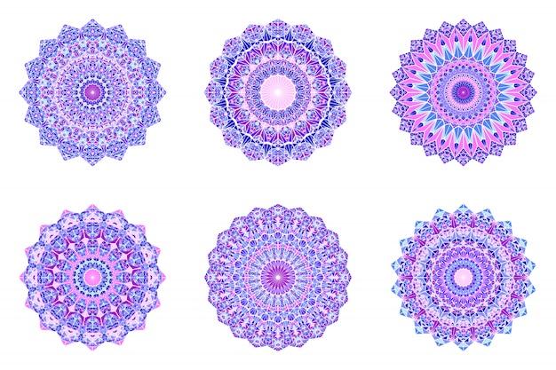 Zestaw Okrągłych Geometrycznych Ozdobnych Trójkątnych Mozaiki Mandali Premium Wektorów