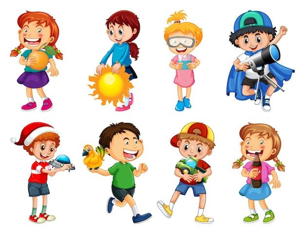 Zestaw Różnych Dzieciaków Bawiących Się Zabawkami Postać Z Kreskówki Na Białym Tle Darmowych Wektorów