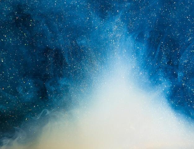 Abstrakcjonistyczna błękitna mgła z kawałkami Darmowe Zdjęcia