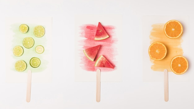 Abstrakcjonistyczny wizerunek owocowy lody na akwareli malującej Darmowe Zdjęcia