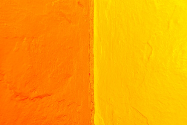 Abstrakt o zmiennej geometrii i intensywnych kolorach żółtym i niebieskim. Premium Zdjęcia