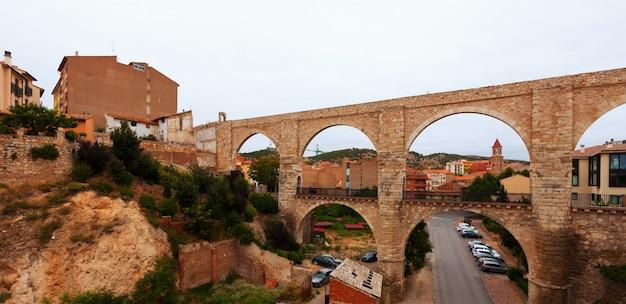 Akwedukt Los Arcos Latem. Teruel Darmowe Zdjęcia
