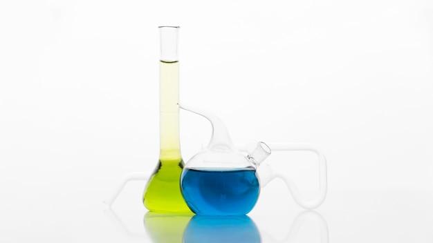 Asortyment Chemikaliów W Laboratorium Darmowe Zdjęcia
