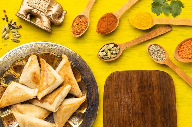 Asortyment Indyjskich Potraw Leżał Płasko Darmowe Zdjęcia