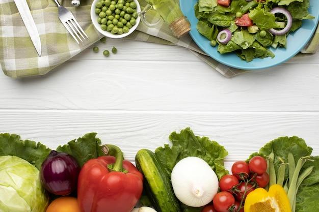 Asortyment Sałatek I świeżych Warzyw Premium Zdjęcia
