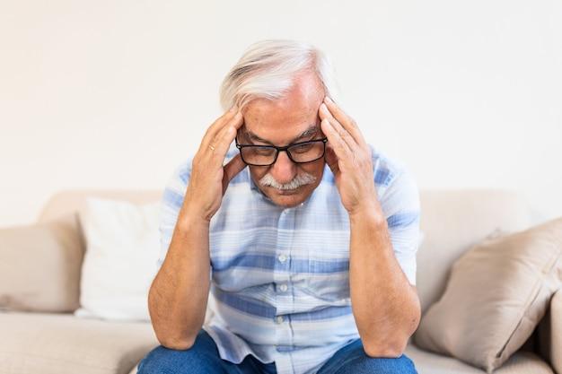 Atak Migreny Potwora Premium Zdjęcia
