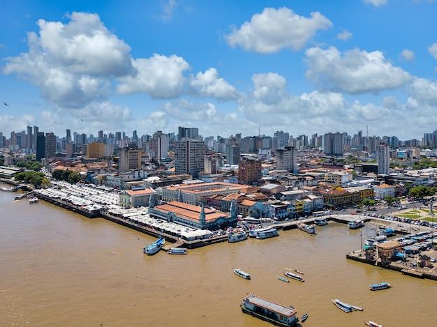 Azjatyckie Miasto Z Nabrzeżem Darmowe Zdjęcia