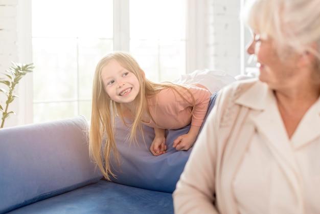 Babcia I Dziewczyna Razem Darmowe Zdjęcia