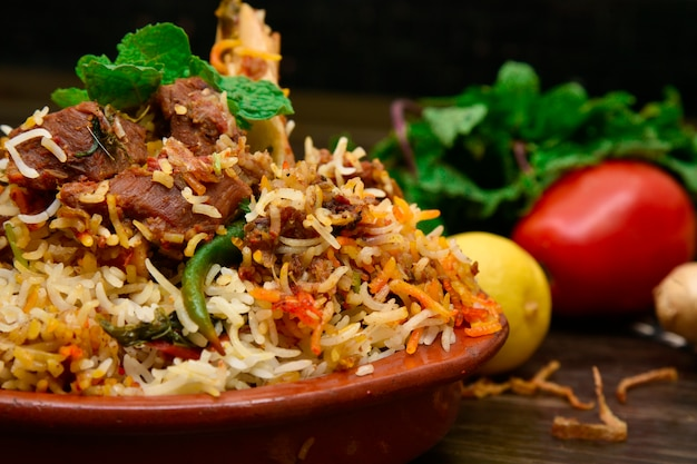 Baranina Biryani Fotografia żywności Premium Zdjęcia