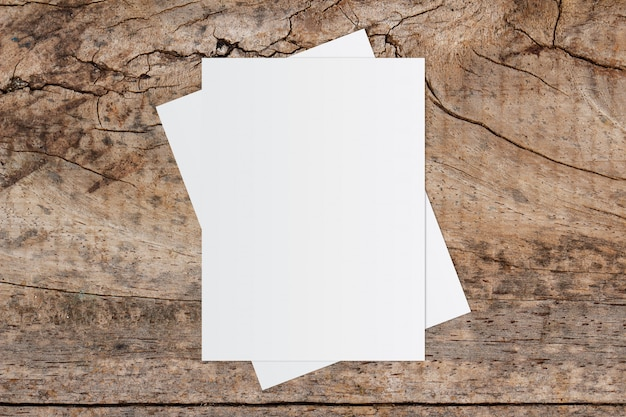 Biała Księga I Miejsca Na Tekst Na Stare Drewniane Tła Premium Zdjęcia