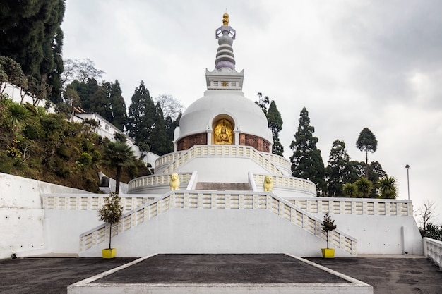 Biała Stara świątynia Premium Zdjęcia