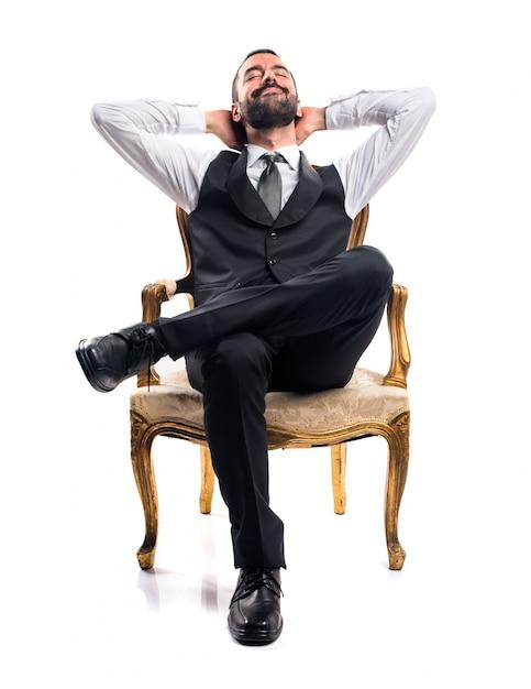 Biznesmen Siedział Na Fotelu Darmowe Zdjęcia