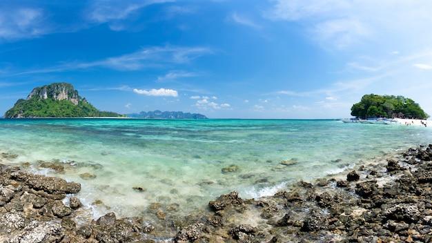 Błękitny Denny Krabi Thailand Premium Zdjęcia