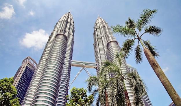 Bliźniacze Wieże Petronas I Sky Bridge Premium Zdjęcia