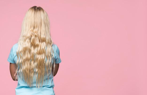 Blond Dziewczyna Z Przestrzenią Darmowe Zdjęcia