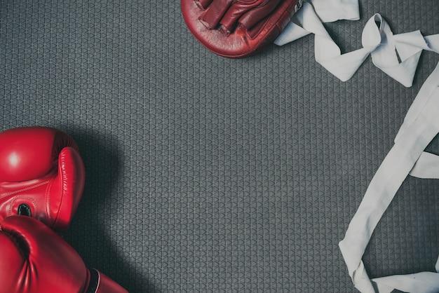 Bokser Uderza Pięścią Samoobrony Atlety Silnego Rytmu Pojęcie Darmowe Zdjęcia