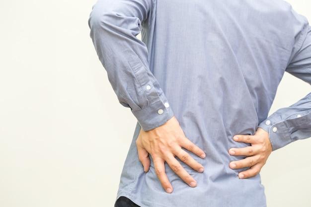 Ból pleców, objaw bólu pleców i koncepcja zespołu biurowego Premium Zdjęcia