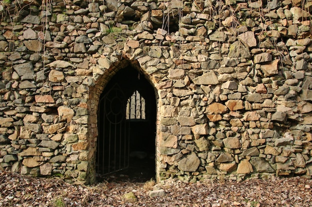 Brama W Starożytnej Kamiennej ścianie Premium Zdjęcia