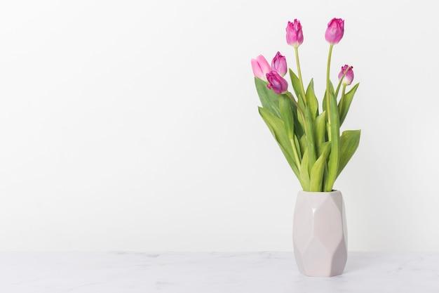 Bukiet Pięknych Tulipanów Kopii Przestrzeń Premium Zdjęcia