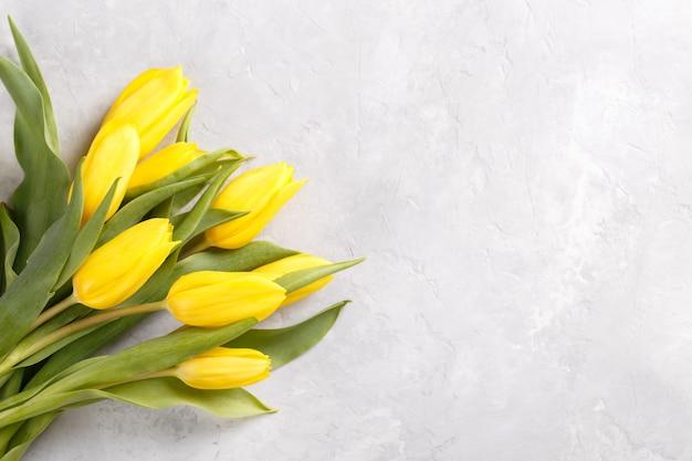 Bukiet żółtych Tulipanów Premium Zdjęcia