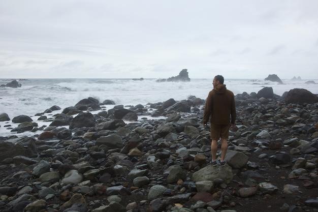 Burza Na Dzikiej Plaży Darmowe Zdjęcia
