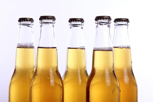 Butelki zimnego i świeżego piwa. Darmowe Zdjęcia