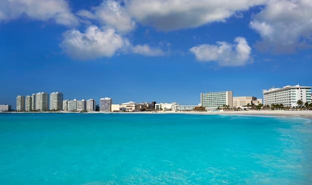Cancun forum plaża playa gaviota azul Premium Zdjęcia